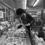 Foram apresentados para consumidores, imagens de alimentos industrializados populares sem e com uma informação nutricional simples. – Foto: Usdagov/Flickr